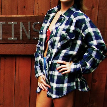vintage oversized slouchy soft plaid flannel soft grunge work shirt. Wrangler flannel work shirt