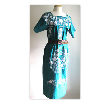 Vintage Forest Green Embroidered Peasant Mexican Dress