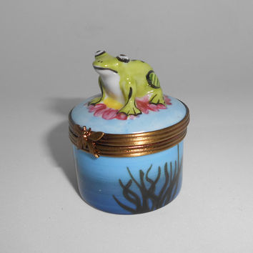 Limoges Trinket Box Frog Toad GR Atelier d'Art de Limoges Home Decor France French Porcelain Hand Painted Figural