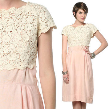 Crochet 60s Wiggle Dress Cocktail Cream Lace 1960s Mad by oldage