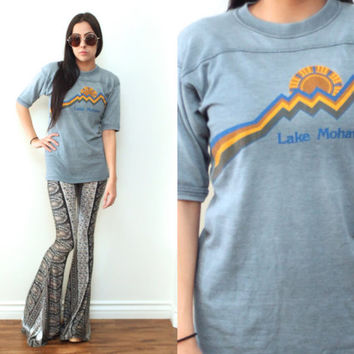 Vintage 70s LAKE MOHAVE Travel Souvenir Half Sleeve T Shirt Tee // Blue Yellow // Hipster Grunge Biker // XS Extra Small / Small
