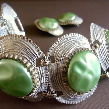 Green Baroque Pearl Bracelet Earrings Set, Selro Style White Enamel, Vintage
