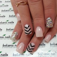 Photo taken by BOTANIC NAILS