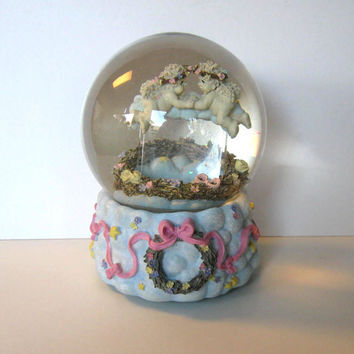 Valentine Cherubs Music Box Snow Globe, Vintage, Home and LIving, Home Decor, kids, collectible