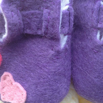 Baby Girl Booties 0-18months Handmade in Felt- Perfect Newborn Gift. Purple Shoes with Hearts