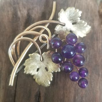 Krementz signed vintage 14kt gold overlay purple gemstone amethyst grape bunch brooch