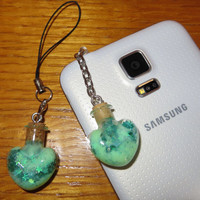 New!! Glitter Jaded Heart Bottle Phone Charm for iPhone, Samsung, or iPod, Dust Plug or Cell Phone Strap, Kawaii