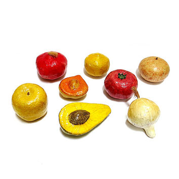 Paper Mache Fruits & Vegetables 8 Pieces Vintage 1960s Home Decor