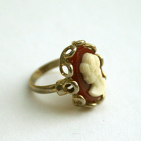 Vintage Adjustable Cameo Ring
