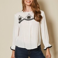(pre-order) White Embroidered Blouse