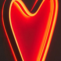 Heart LED Neon Sign | Urban Outfitters