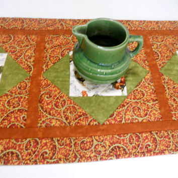 Country Farmhouse Table Runner, Table Topper, Country, Roosters, Fall Autumn Colors