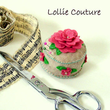 Felt Pin Cushion - Mothers Day Gifts - Gifts for Mom - Gifts for her