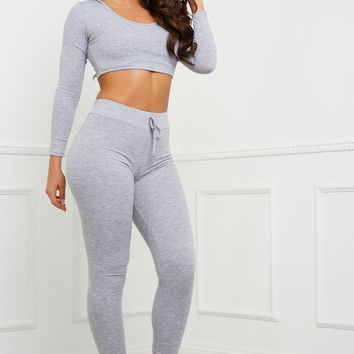 Janie Ribbed Knit Cropped Jogger Set - Heather Grey
