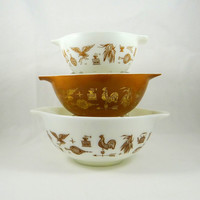 Vintage Pyrex Early American Cinderella Nesting Bowls