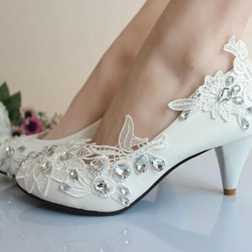 4cm Elegant White Crystal Lace Flower Women Bridal Shoes Fashion Sweet Wedding Party Mid Heels beautiful shoes