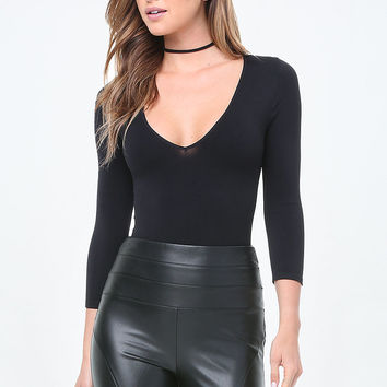 Deep V-Neck Bodysuit | bebe