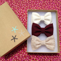 Beautiful lace, burgundy, and winter white hair bow lot for fall. Brandy Melville and Free People inspired.