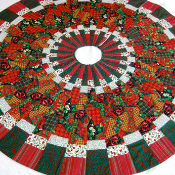 Quilted Christmas Tree Skirt, Patchwork Red and Green Ready to Ship