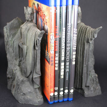Lord of Rings Hobbit School Book holder Entrance to Gondor Argonath Model Stand