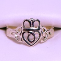 Trinity Knot Claddagh Ring Size 7.5 by dfoley75 on Shapeways