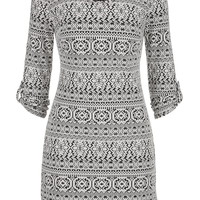 sweatshirt dress in ethnic print