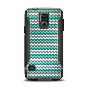The Vintage Green & White Chevron Pattern V4 Samsung Galaxy S5 Otterbox Commuter Case Skin Set