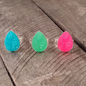 Silver tone teardrop Colorful druzy ring