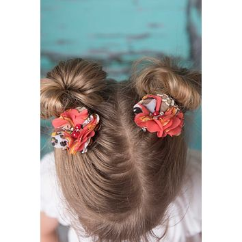 Coral piggy tail hair clip