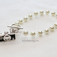 camera charm pearl bracelet The Memory Keeper wedding photographer gift photography jewelry vintage style camera 35mm artist