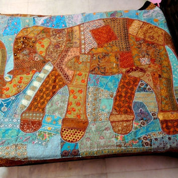 Charming Elephant Blanket Bed Cover, Indian Bedding, Applique Quilt, Elephant Quilt,  Patchwork Quilt