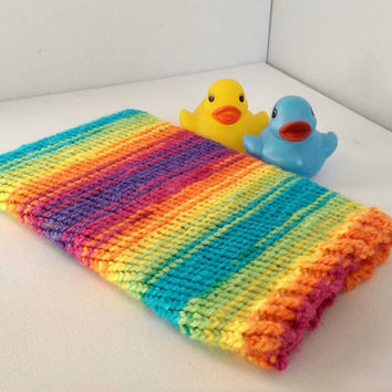 Rainbow Kindle Sleeve, Hand Knitted Tablet Cosy, Bright Coloured Kobo Sleeve, Neon eReader Case, Made in Scotland, Rainbow Kobo Cover