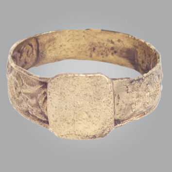 Fantastic Medieval Mans  Ring C.13th-15th Century Size 10 (19.8mm)