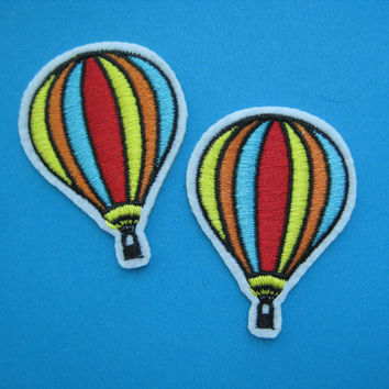 2 pcs iron-on Embroidered Patch Hot Air Balloon 2.1 inch