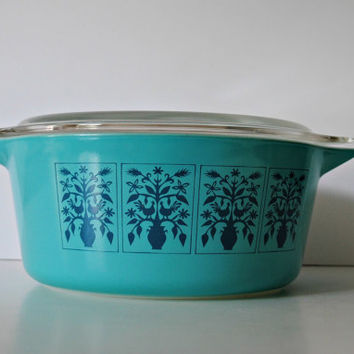 Pyrex SAXONY Tree Of Life 475-b 2.5 Quart Casserole With Lid  - RARE