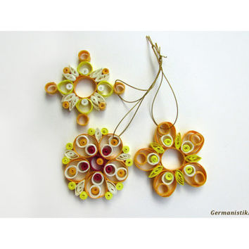 Quilling Christmas Decoration Set of 3 Yellow Nuanced Quilled Snowflakes, Home Decoration