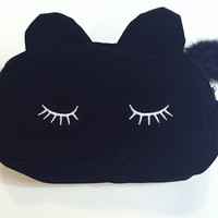 Black Eyelash Cat Zipper Pouch
