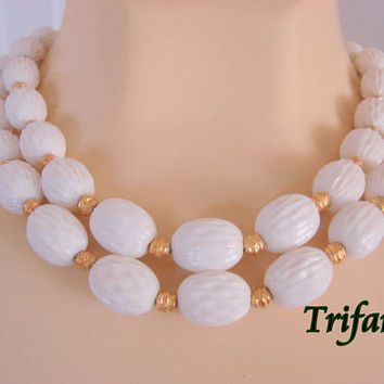 Classic Vintage Trifari Necklace Textured White Beads Goldtone Spacer Beads Jewelry Jewellery