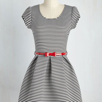 Darling Decision Dress | Mod Retro Vintage Dresses | ModCloth.com