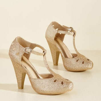 The Zest Is History Metallic Heel in Glittery Gold | Mod Retro Vintage Heels | ModCloth.com