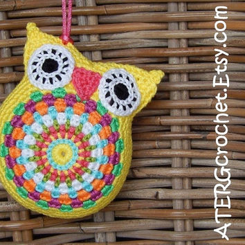 CUDDLY OWL 'yellow' by ATERGcrochet
