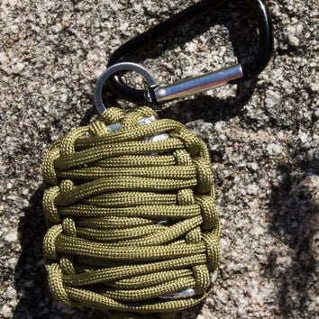 Emergency Survival Kit in Paracord Grenade - Lightweight & Easy-to-Carry