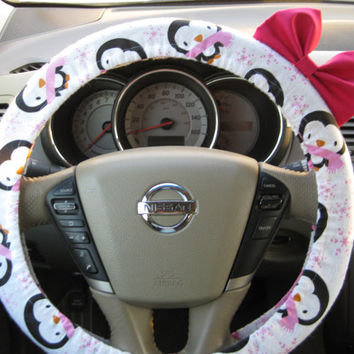 Steering Wheel Cover Bow, Pink Penguin Steering Wheel Cover with Hot Pink Bow, Penguin and Pink Bow Steering Wheel Cover BF11007