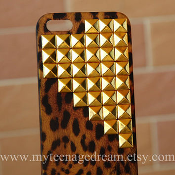 Iphone 5 Case, leopard Iphone 5 Case, studded Cases for iPhone 5, golden studs, cheetah iphone 5 hard case
