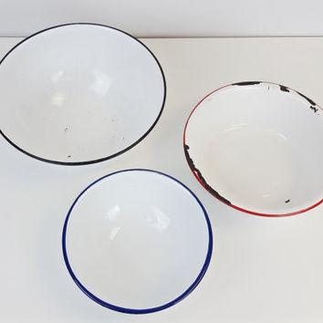Set of 3 Enamel Mixing Bowls White Black Red Navy Blue Vintage Chippy Enamelware Rustic Chic Farmhouse Decor Instant Collection Large Small