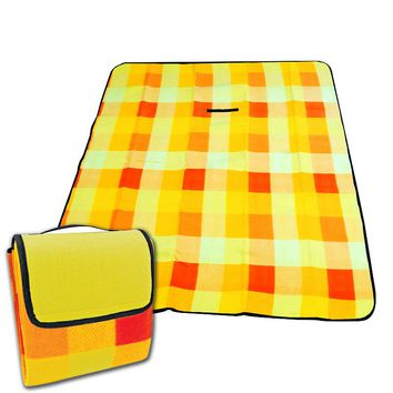 Checked Fleece Beach & Picnic Blanket (Red And Yellow)