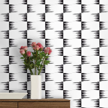 Stone Collection Fringe Check in Black & White