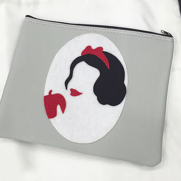 Handmade Snow White Silhouette Cameo Light Grey Padded Zipper Pouch. Princess Ipad Pouch. Fairy Tale Inspired Zip Pouch Travel Pouch