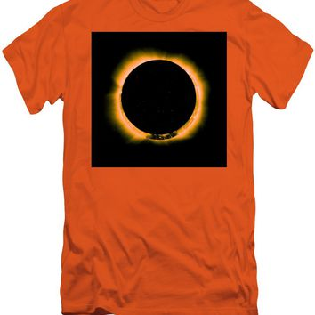 Solar Eclipse By Hinode Observes, Nasa 5 - Men's T-Shirt (Athletic Fit)