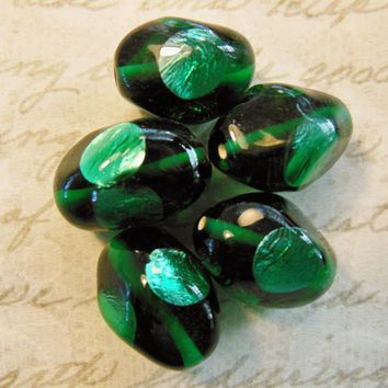 VIntage glass beads West German emerald green foil baroque spot dot eye  focal 17 x 13mm  (4)